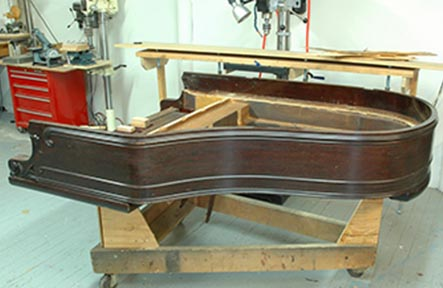 Kranich and Bach Piano Side View